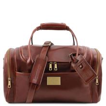 Geanta mica voiaj din piele maro, cu buzunare laterale, Tuscany Leather, TL Voyager