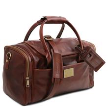 Geanta mica voiaj din piele maro inchis, cu buzunare laterale, Tuscany Leather, TL Voyager