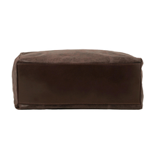 Geanta de umar shopper Tuscany Leather din piele maro inchis Annie