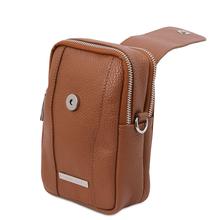 Geanta telefon Tuscany Leather din piele naturala sampanie